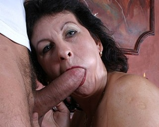 Horny kinky mature slut fucking hard and long